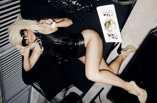 ?   ? (Lady Gaga) ?       ?     ?      (Francois Berthier)        ? FHM (2009),       ? 12