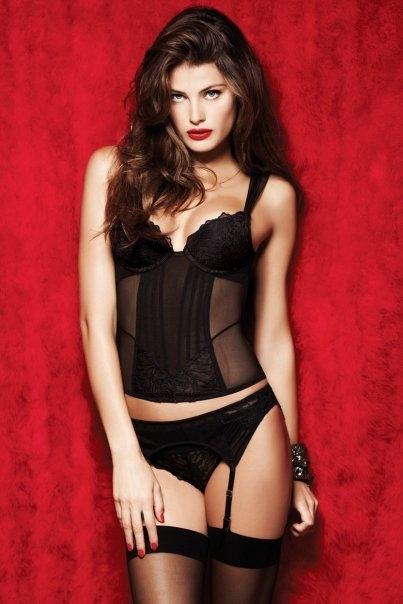 La Senza lingerie: Isabeli Fontana