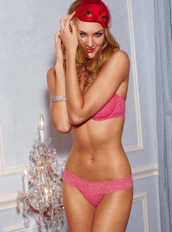 Candice Swanepoel Victoria's Secret Christmas 2009