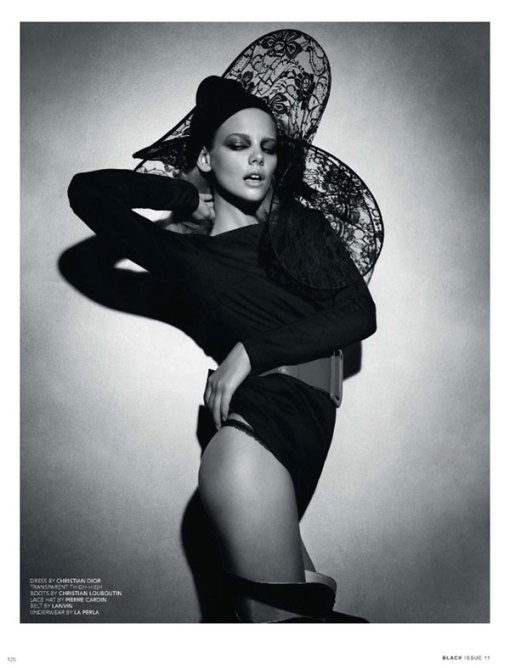 marloes-horst-by-paul-empson-for-black-issue11_4