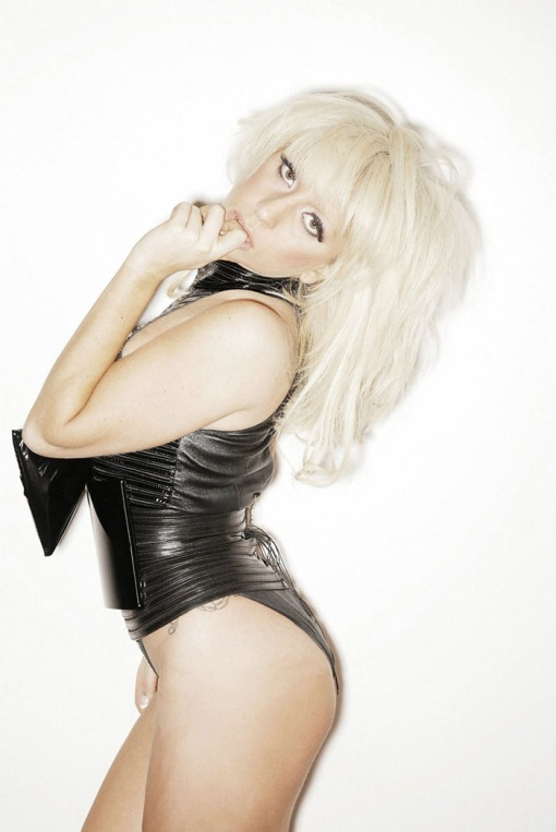 ?   ? (Lady Gaga) ?       ?     ?      (Francois Berthier)        ? FHM (2009),       ? 6