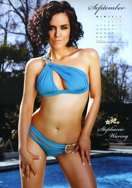hollyoaks_babes_official_2010_calendar_9_.jpg