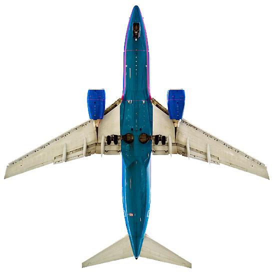 Aircraft by Jeffrey Milstein Boeing 737-700