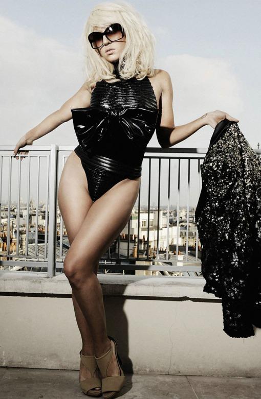 ?   ? (Lady Gaga) ?       ?     ?      (Francois Berthier)        ? FHM (2009),       ? 9