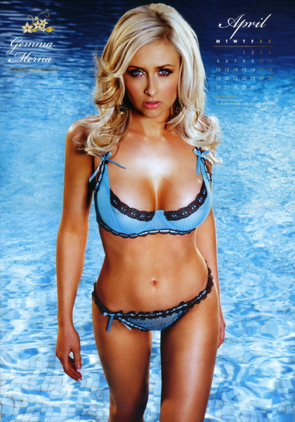 hollyoaks_babes_official_2010_calendar_4_.jpg
