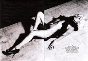 kate-moss-by-mert-marcus-interview-magazine-2