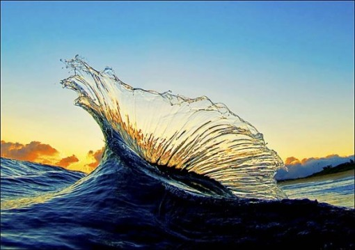 Water sparkles dance..